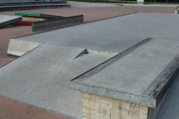 wallie step-up gap, pier ledge
