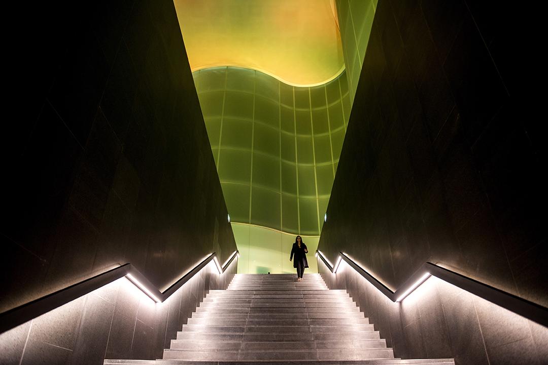 Scalone interno del MUDEC (foto Paolo Poce).
