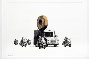 Banksy, Donut Chocolate (2009), 56x76 cm, serigrafia su carta (collezione privata), © ph. Marta Carenzi.