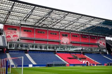 La tribuna ovest il 20 febbraio scorso. Photo: GEPA pictures/ Florian Ertl.
