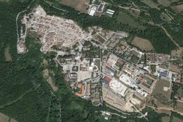 L'abitato di Amatrice da Google Earth.