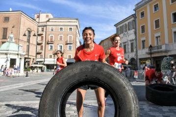 Edizione 2018: tyre flip (Foto Piero Cruciatti / LaPresse)