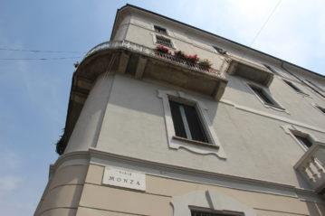 Viale Monza angolo via Pirano
