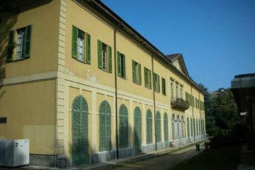 La faciata della Villa Finzi (foto E.Bricchetti)