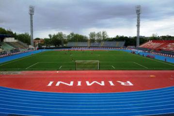 L'interno dello Stadio con la pista di atletica