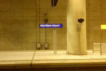 In aereo+treno...