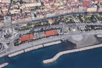 Il Circolo del Tennis sul Lungomare Caracciolo a Napoli (Google Earth)