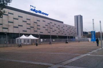 L'esterno del PalaAlpitour a Torino