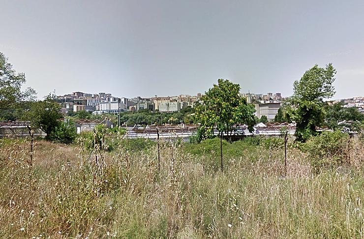 L'area Cip-Zoo con lo sfondo della città di Potenza (Google Street).