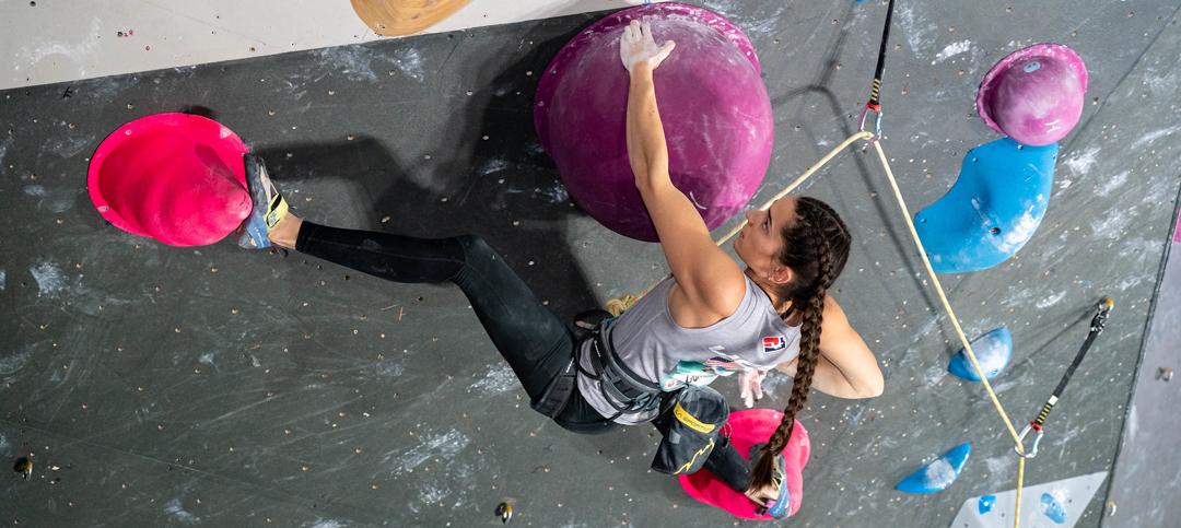 Kyra Condie a Tolosa nelle qualifiche lead donne 2019 (foto © IFSC/Eddie Fowke)