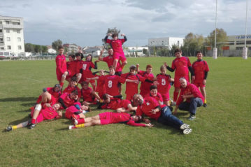 foto di squadra dei giovani del Pesaro Rugby