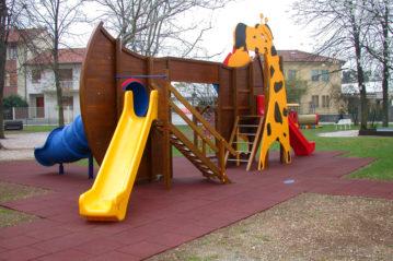 casei eco-system - pavimentazione sportiva - antitrauma - in piastre e colata - playground e arredo urbano