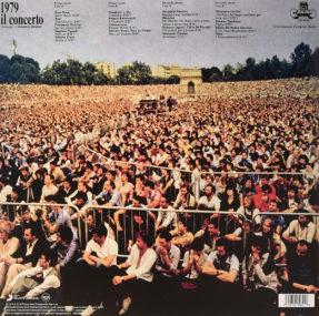 """Il retro della copertina del 33 giri """"1979 il concerto – Omaggio a Demetrio Stratos"""" (Cramps Records)."""